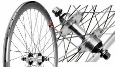 Koło 700 fix bike tył j13 stożek srebrny szprychy srebrne nierdzene
